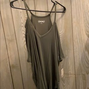 Mudd Tops - Cold shoulder type t shirt